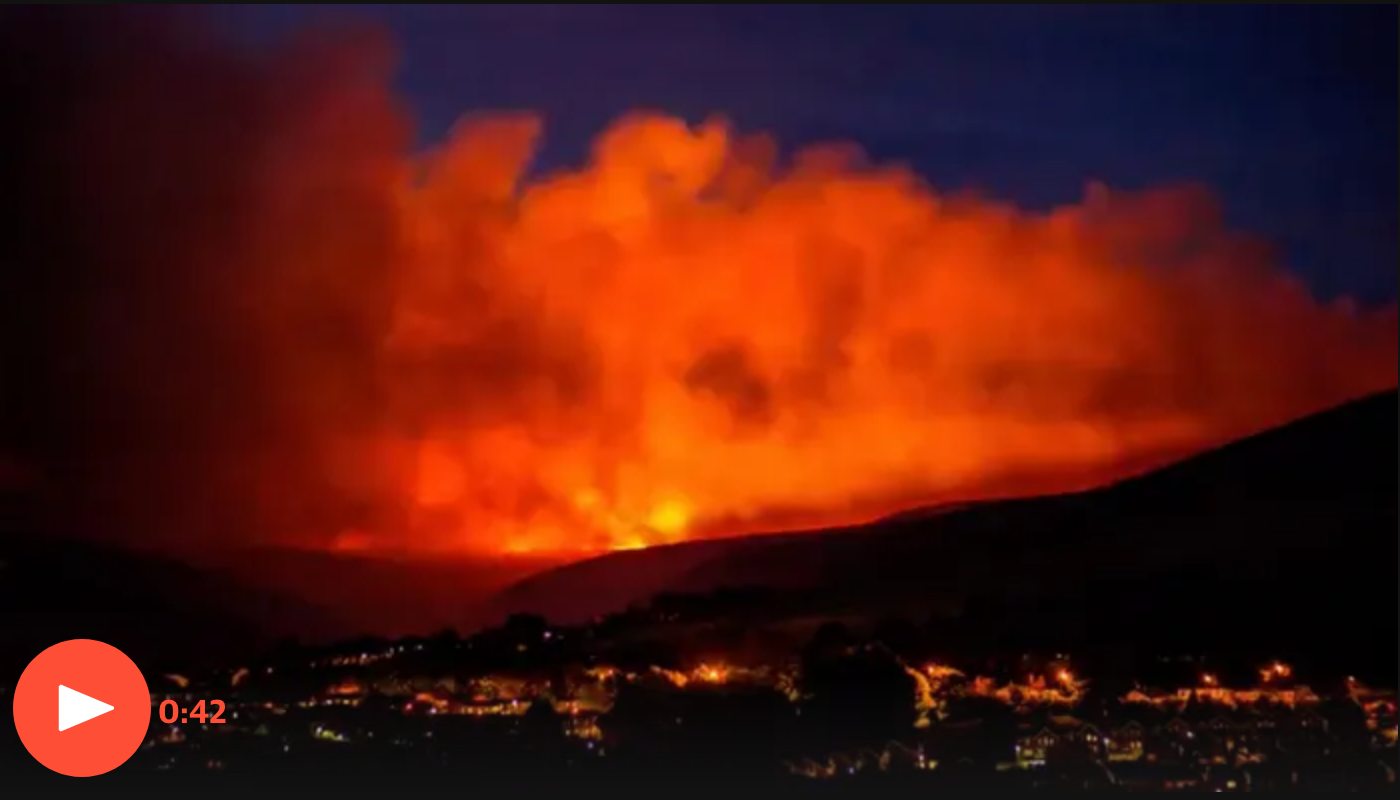 The Guardian - Fire at Saddleworth Moor